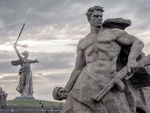 Stalingrado è passata: passiamo all'attacco