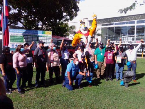 """Venezuela: I lavoratori prendono il controllo di una fabbrica di Kellogg, ora conosciuta come """"Kellogg Socialista""""."""